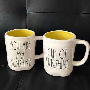 Rae Dunn Mug Set